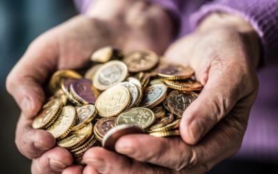 Pensiones no contributivas: ¿hay que incluirlas en la declaración de la Renta?